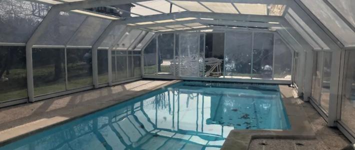 Moradia T4 independente com piscina em Pedroso para Venda